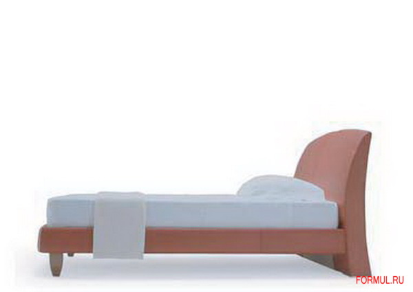 Кровать Poltrona Frau Lord.