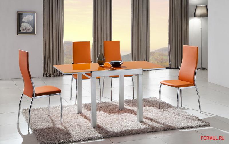 оранжевый стол на кухню