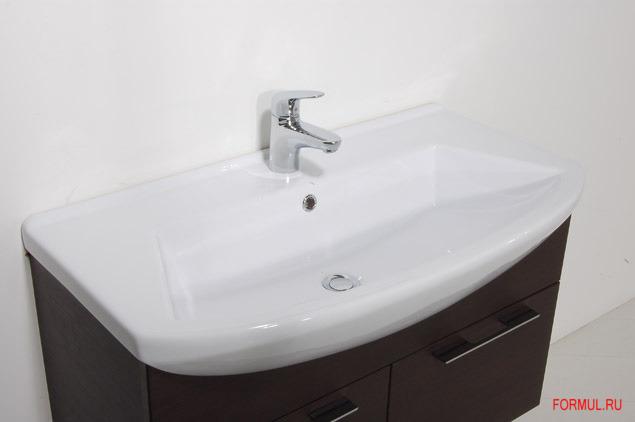 Особый шарм комплекту мебели для ванной SanVit МОДЕРН придают...