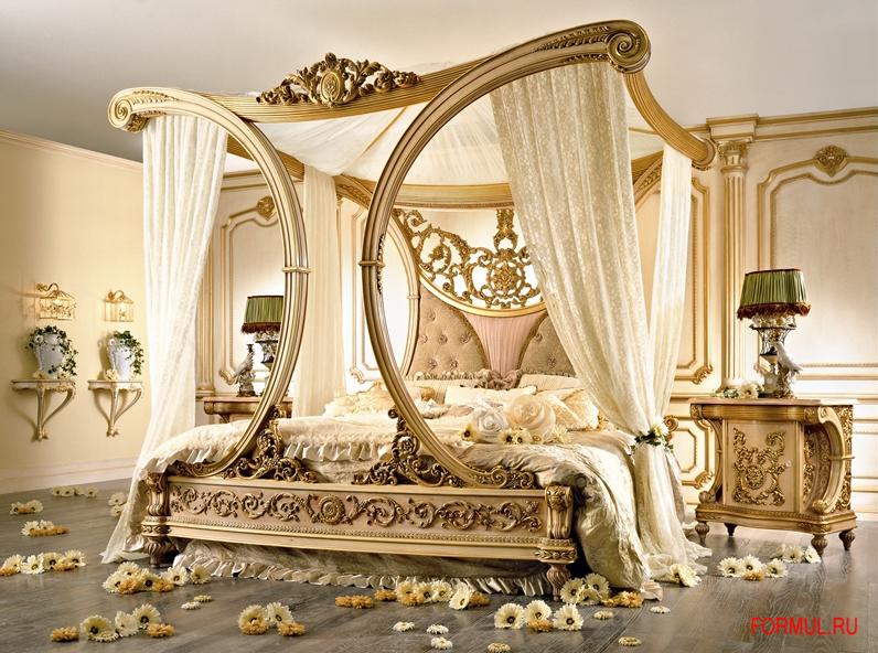 Еще больше кроватей с балдхином в интерьерах.