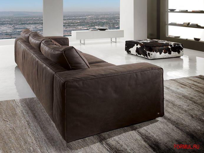 Много диванов