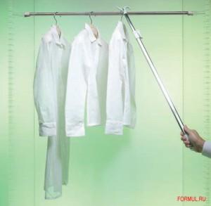 Съёмник для одежды телескопический.